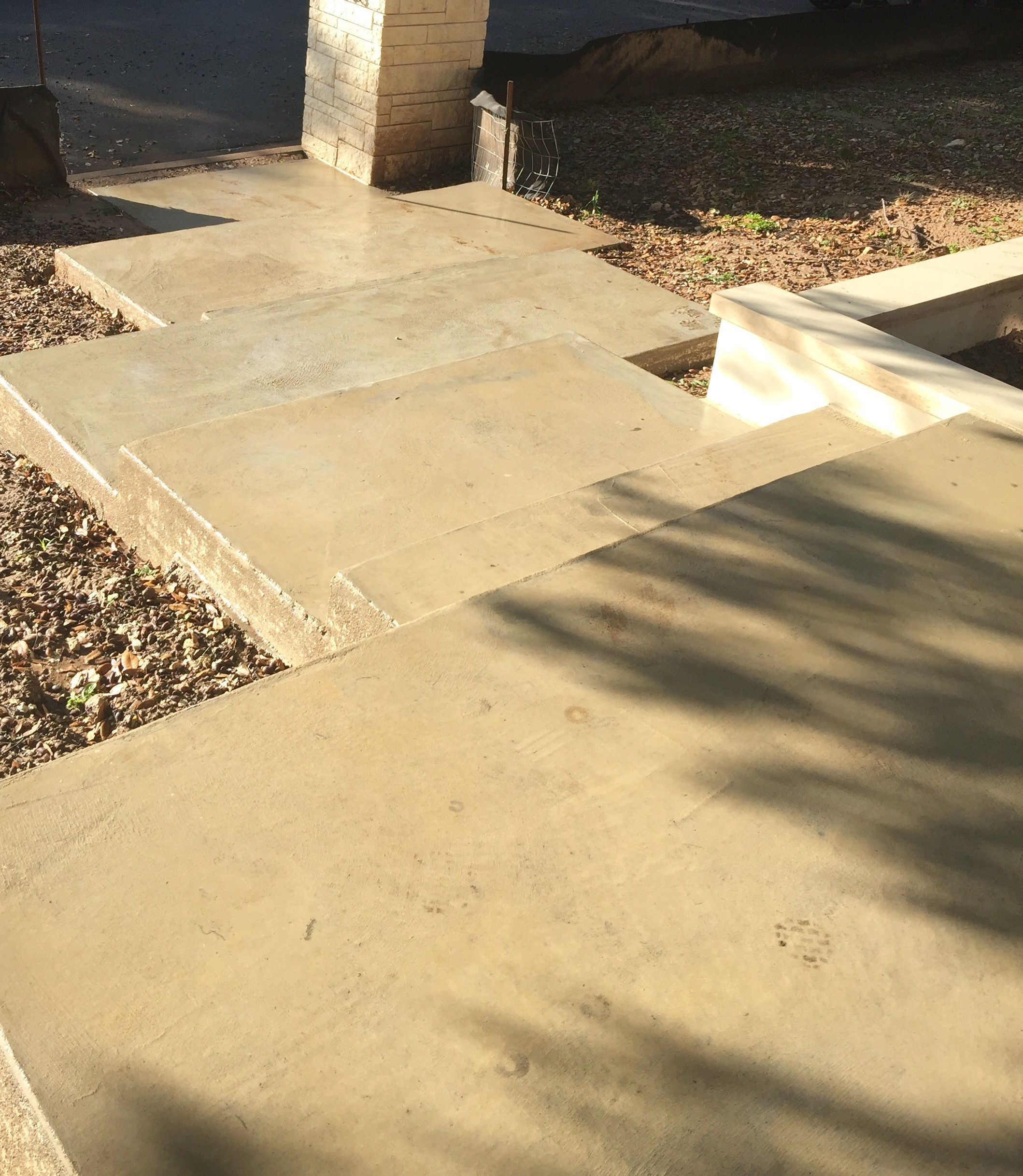 How to remove acorn stains from concrete