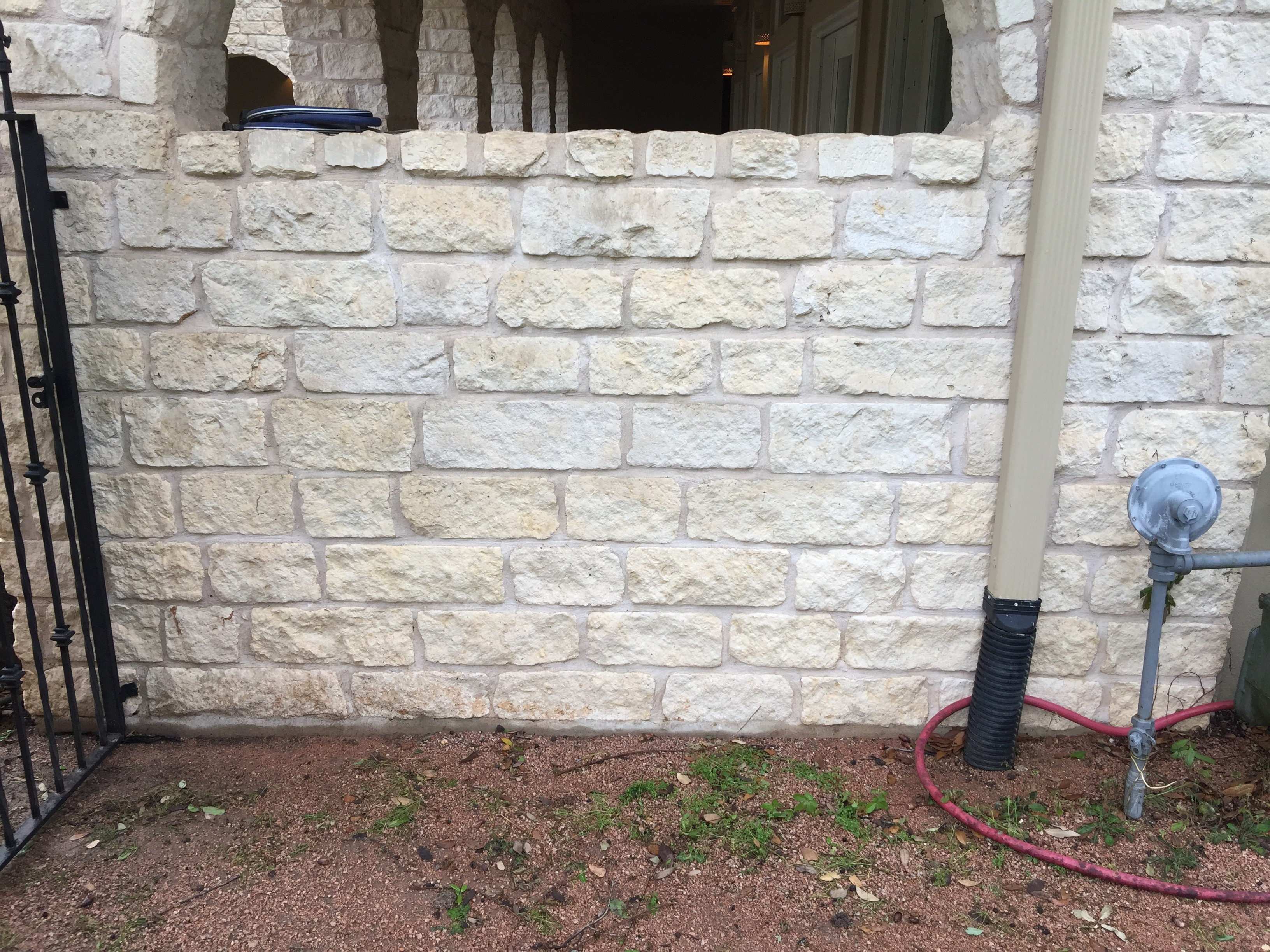 How do i clean up brown stains on my white limestone sparkling clean window company blog - Get rid limestone stains ...